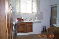 Küche mit Wasch- und Spülmaschine