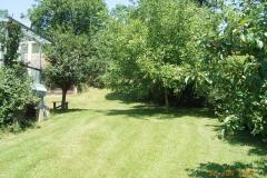 Hausgarten mit Terasse